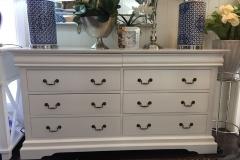 Hampton Chest of Drawers
